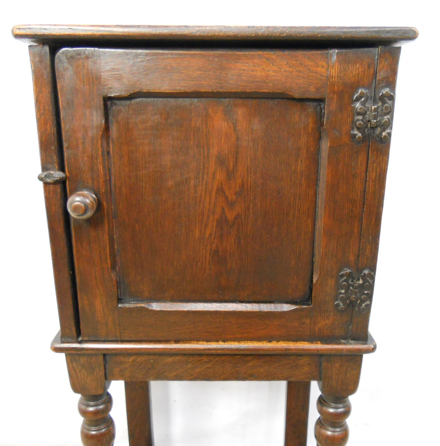 - Oak Bedside Pot Cupboard On Stand